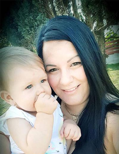 """""""Az ultrahangon mindig azt mondták, ilyet még nem láttak"""": Nati csigolyafejlődési rendellenességgel született"""