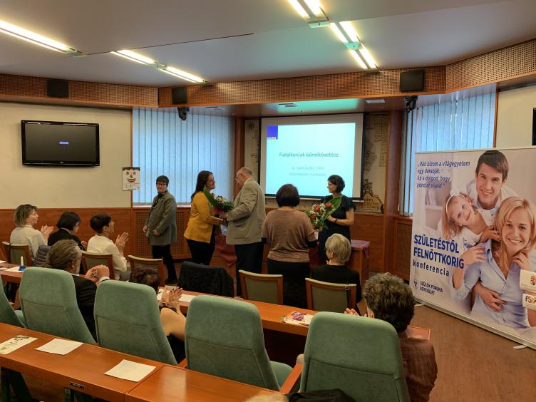 Aranyszárnyú Írisz Empátia díjat kapott Sevcsik M. Anna